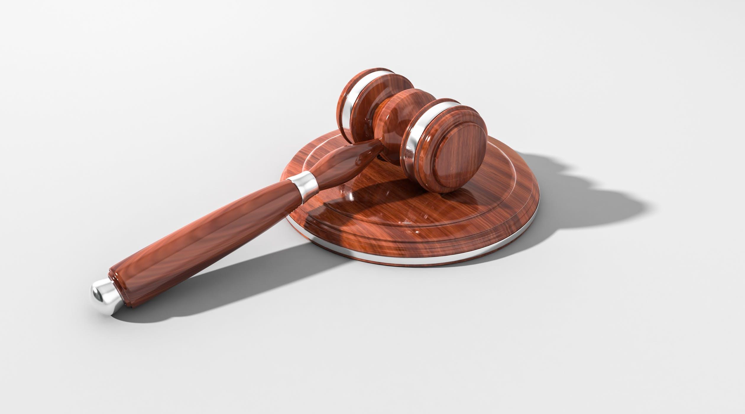 """Advokato Kęstučio Virbicko ir partnerių kontora sėkmingai atstovavo klientą byloje dėl praleisto 5 metų termino draudimo išmokai iš BAB banko """"Snoras"""" atsiimti atnaujinimo"""